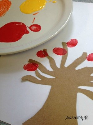 Kids Fall Thumbprint Leaves Craft 3