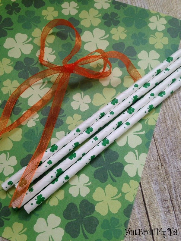 St Patricks Day Paper Straw Necklace