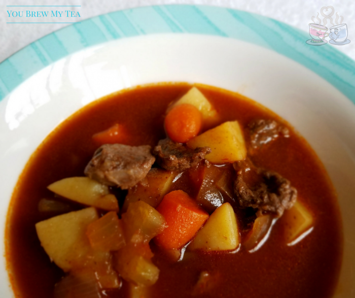 This Weight Watchers friendly Healthy Beef Stew is a great comfort food without all the calories! Enjoy our recipe for only 5 SmartPoints per serving!