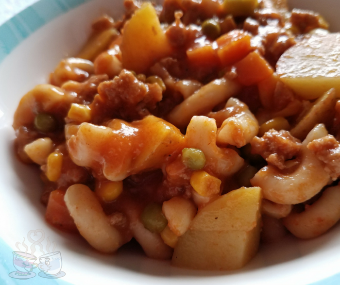 Make our Weight Watchers Soup for your family for only 7 SmartPoints per serving! This Weight Watchers Comfort Soup is a great classic meat and veggie meal!