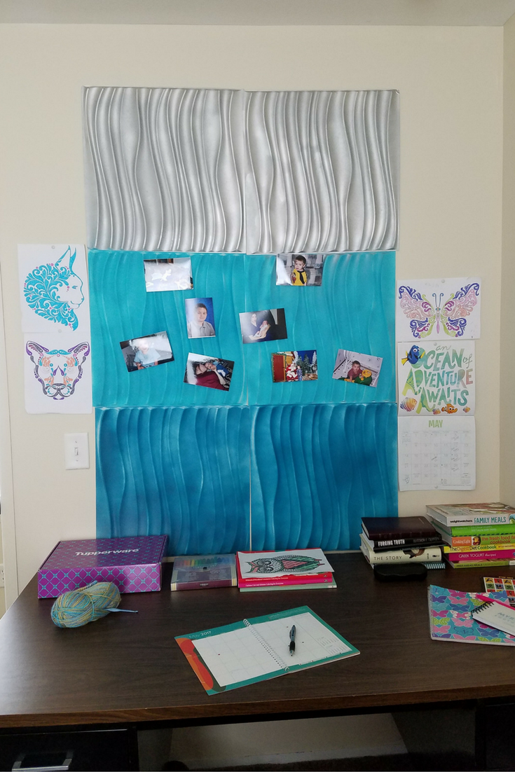 Check out our Cute Office Decor for a Rental Home ideas! These tips will help make your rental feel more like home and give you a functional office space!