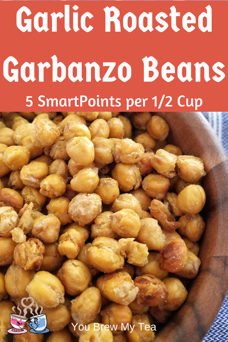 Garlic Roasted Garbanzo Beans are a delicious snack everyone will love! WIth only 5 SmartPoints per 1/2 cup, they fit a vegan Weight Watchers diet easy!