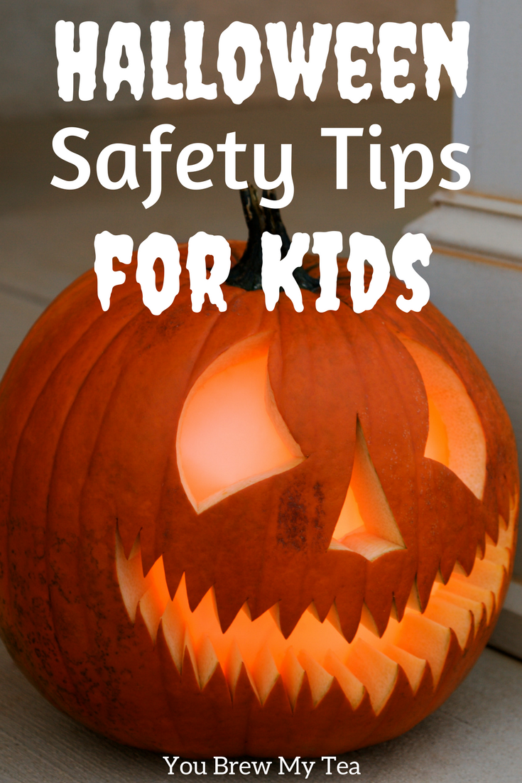 Check our tips for How to Make Halloween a Safe Experience for Kids! These tips will keep your kids safe while you enjoy a fun filled evening!
