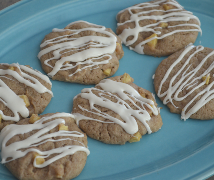 Make our Apple Pie Cookies Recipe and enjoy a delicious treat that is only 2 Weight Watchers FreeStyle Points per cookie!