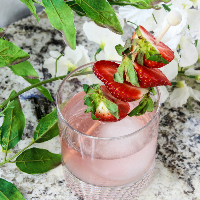 Have a great easy Skinny Cocktail Recipe with our favorite Weight Watchers FreeStyle Recipe for Strawberry Gin Cocktail! It's super easy, low in points, and a delicious treat to end your day!
