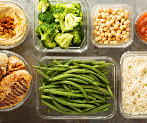 Don't miss our tips for How to Meal Prep with kids underfoot! Moms everywhere know how important a good meal plan is, and how hard it an be when juggling kids. These tips make it easy to stay on budget and on track with your dietary needs.